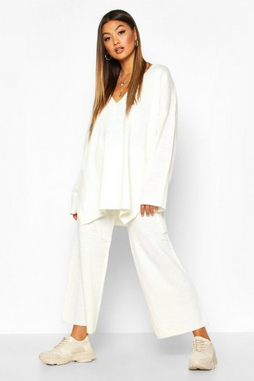 Cream white Oversized Slouchy Knitted Deep V Neck Co-ord Set