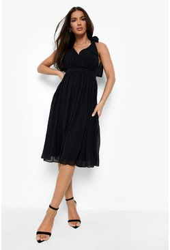 Black Chiffon Pleated Midi Skater Bridesmaid Dress