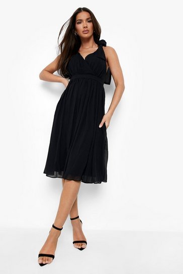 Black Chiffon Pleated Midi Skater Bridesmaid Dress