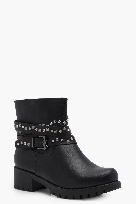 Cerys botas de tachuelas y cordones cruzados con pedrería | boohoo