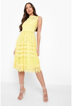 Collection robe patineuse midi en dentelle, Jaune