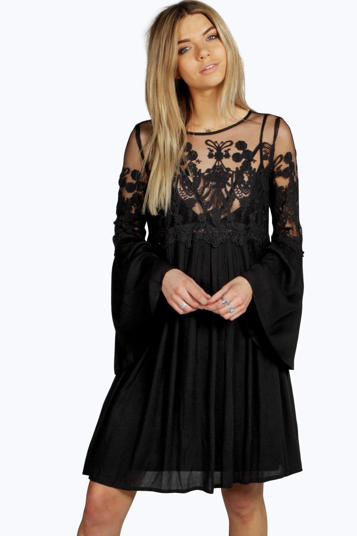 boutique carmen kleid mit weiten Ärmeln aus spitze | boohoo