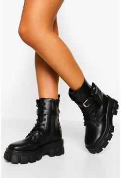 Black Wide Fit Pouch Detail Chunky Sole Hiker Boots