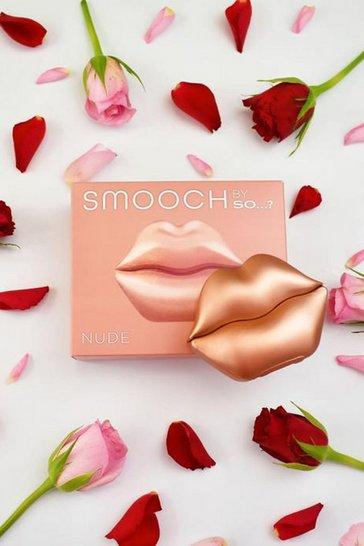 Smooch By So...? Nude