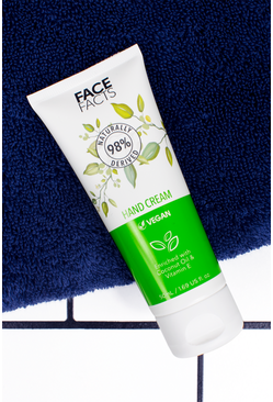 Crema de noche 98 % Natural de Face Facts, Verde