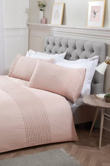 Blush pink Pintuck Super King Duvet Set