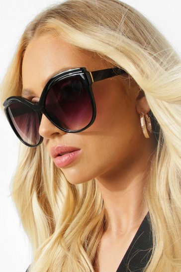 Black Oversized Squared Edged Tort Round Sunglasses