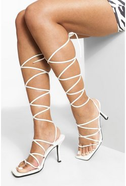 White vit Strappy Square Toe Sandal