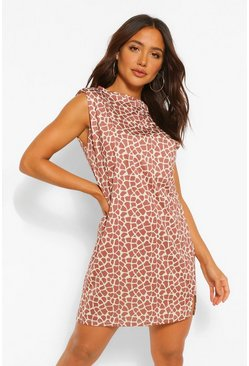 Graffiti Print Shoulder Pad Tee Dress, Brown marrón