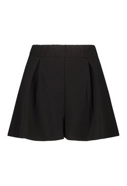 Black Pleated Tailored Short