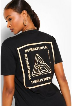 Black T-shirt met print International