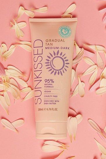 Cream white Sunkissed Vegan Gradual Tan Medium Dark 200ml