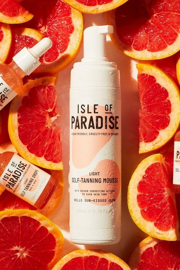 Tan brown Isle Of Paradise Self Tanning Mousse Light