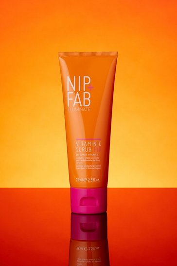 White Nip + Fab Vitamin C Scrub