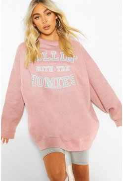 Pink Oversized 'Rolling Met The Homies' Sweater Met Tekst