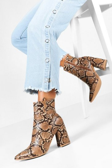 Brown Snake Pointed Shoe Boots
