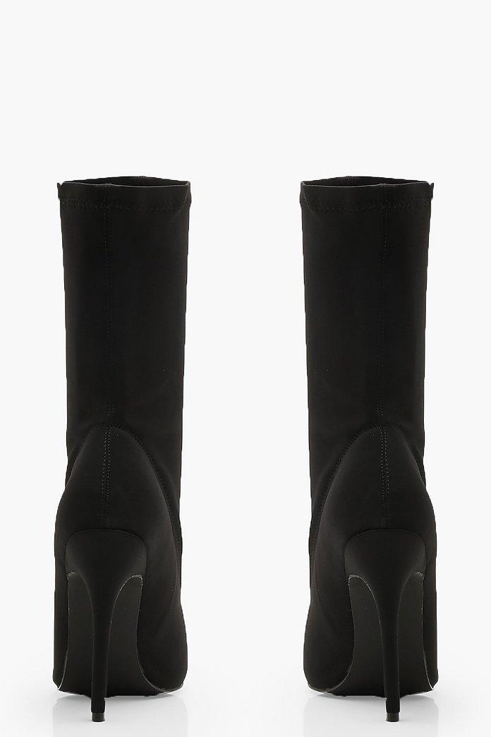 Bottes chaussettes pointues à talons aiguilles   boohoo