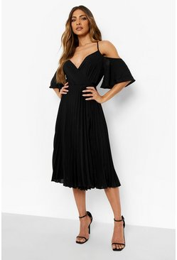 Black Woven Shoulder Pleated Midi Skater Bridesmaid Dress