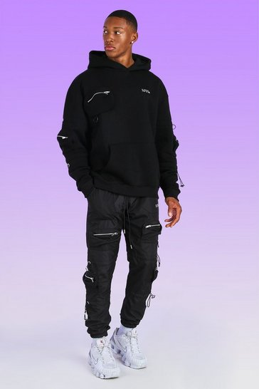 Black Oversized Man Cargo Hoodie With Bungee Cord