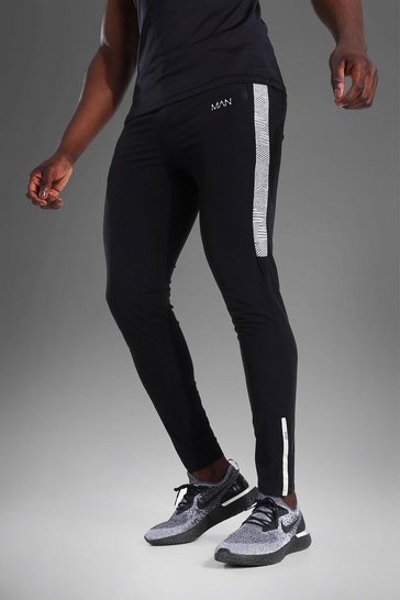 Black Man Active Lightweight Jogger With Stripe
