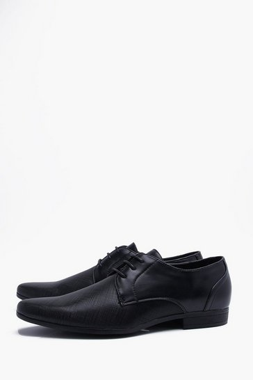 Black Embossed Vamp Smart Shoe