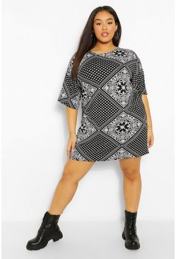 Black Plus Oversized Bandana Print T-Shirt Dress