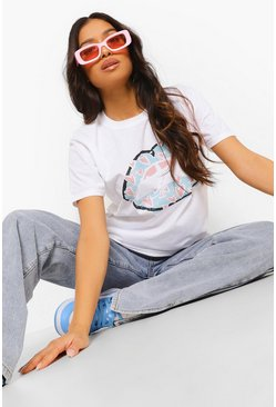 White Petite Lips and Heart Print T-Shirt