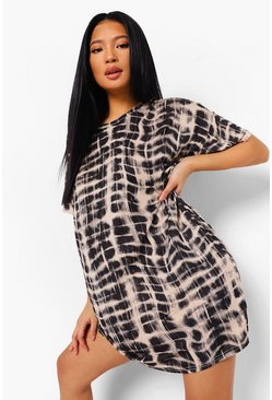 Black Petite Leopard Print T-Shirt Dress