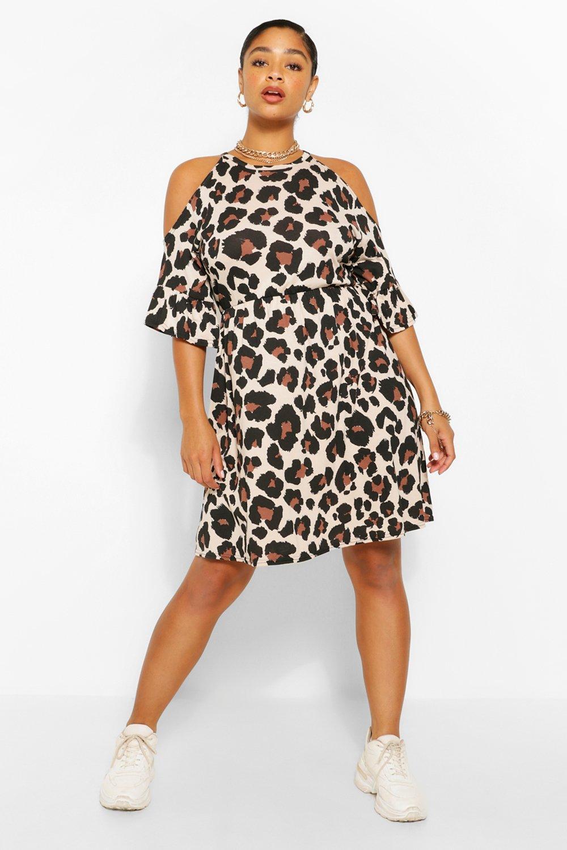Plus Open Shoulder Ruffle Smock Dress 3