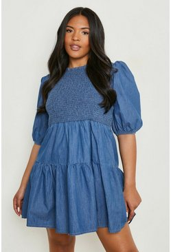 Plus Gerafftes Smok-Kleid aus Chambray, Blau