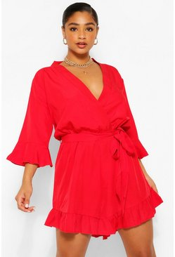 Plus Gerippter Wickel-Playsuit mit Rüschensaum, Rot
