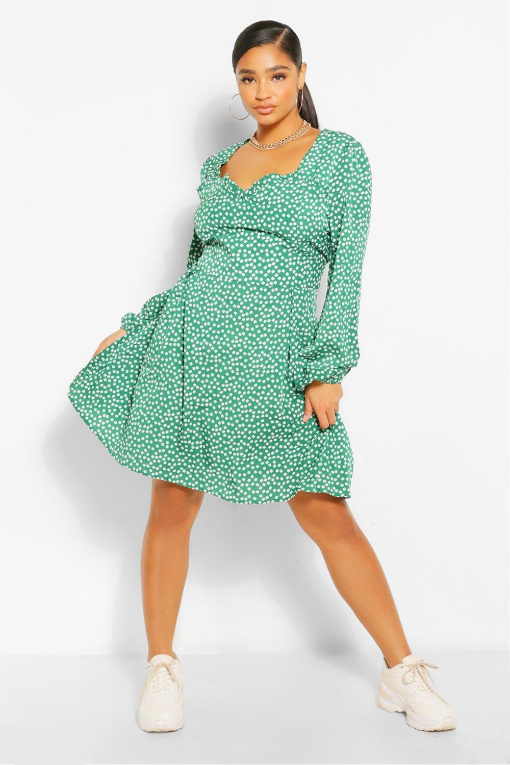 Plus Ditsy Floral Sweetheart Skater Dress 6