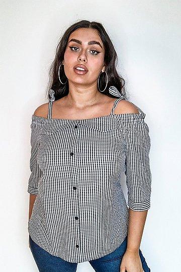 Iris off the shoulder blouse | 7247396 | Black | bikbok