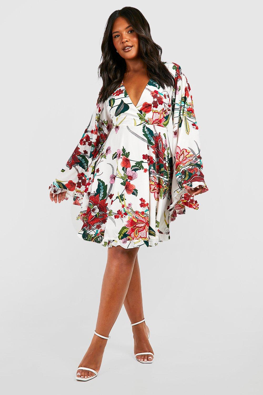 Plus Paisley Floral Wide Sleeve Skater Dress 2