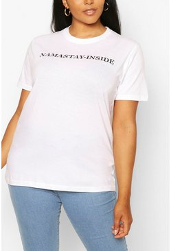 Wit white T-shirt met slogan Namastay-Inside in plusmaten