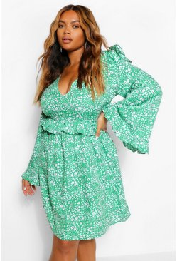 Green Plus Floral Ruffle Wide Sleeve Skater Dress