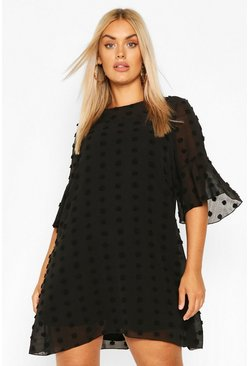 Black Plus Dobby Chiffon Oversized Shift Dress