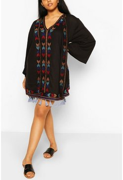 Black Plus Embroidered Tassel Kimono