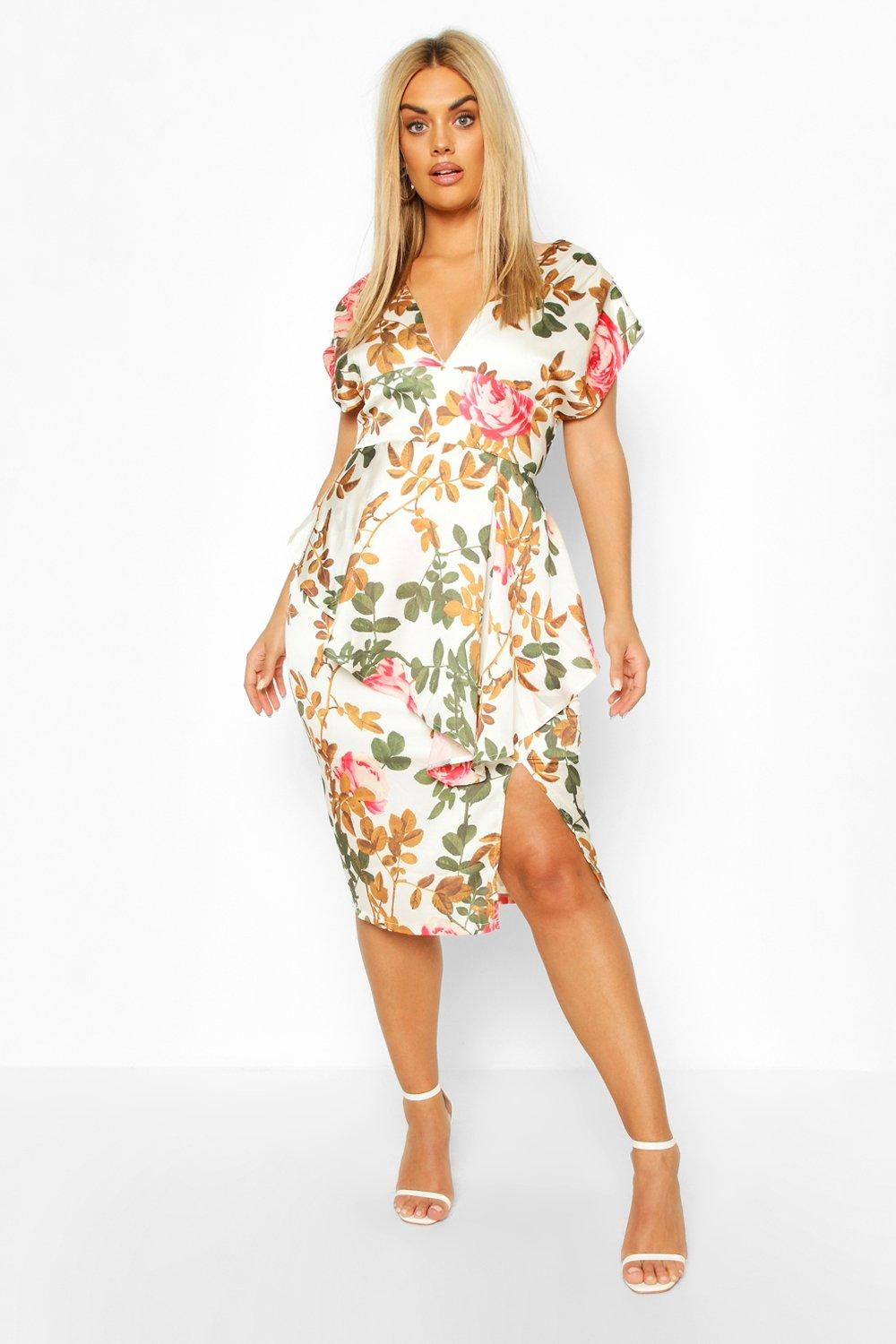 Plus Floral Plunge Ruffle Detail Midi Dress 3