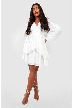 White Sand – Blommig, asymmetrisk midaxi klänning med