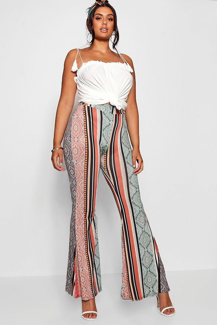 Pantalones Acampanados De Estilo Bohemio Elegante Plus Boohoo