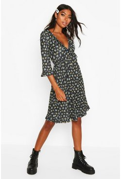 Black Tall Ruffle Plunge Floral Smock Dress